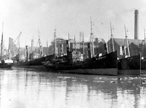 S.T. Esher LO193 at Hull