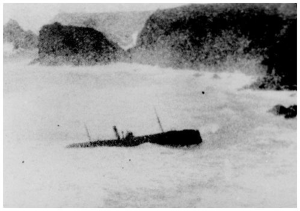 S.T.Maud FD40 wrecked at Kynance Cove